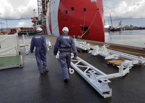 """SUBSEA """"Sparker Cradle"""" launch and recovery system"""